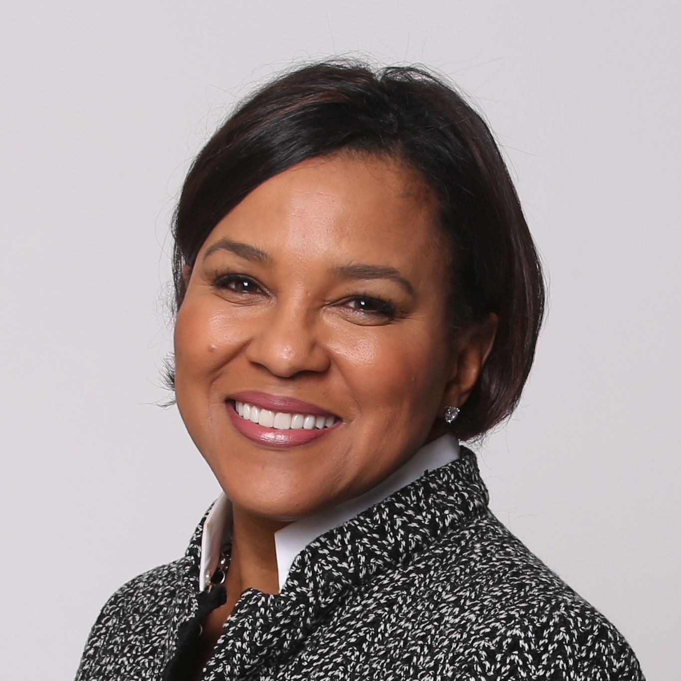 Starbucks COO Rosalind Brewer to be Next CEO of Walgreens
